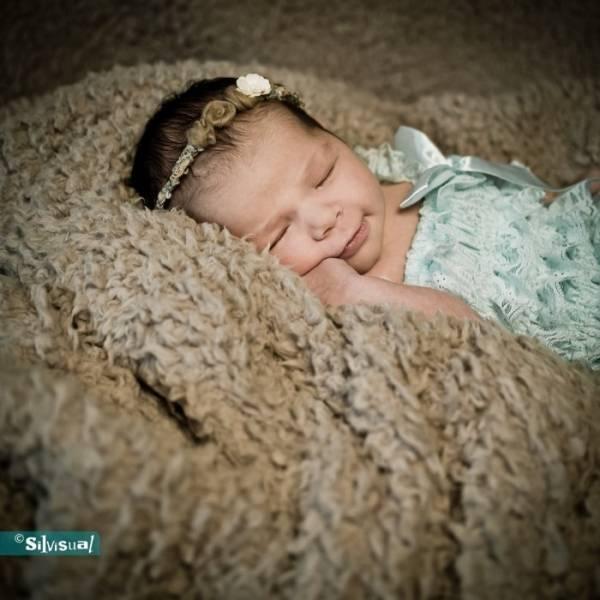 Newborn-Nora-S-40-Kopie